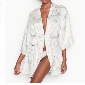 Victoria secret silky satin kimono celestial Xs Sm
